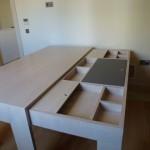 Γραφείο από δρυς με έξτρα γραφείο συρόμενο με χώρους φυλάξης